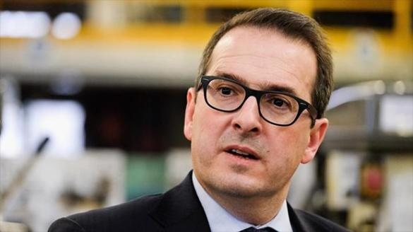 Owen Smith ISIS seat at the table